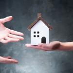貸し出す前に知るべき!定期借家契約を検討するタイミングって?